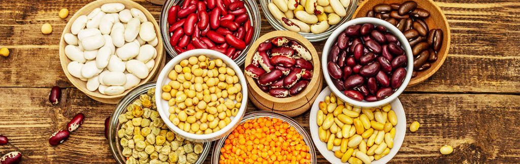 Improving the iron delivery from staple food crops and food products